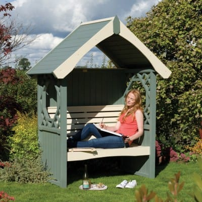 Choosing the right arbour for your garden shape and size