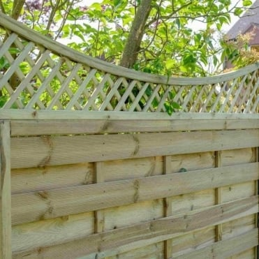 Alderley Concave Bow Lattice Trellis