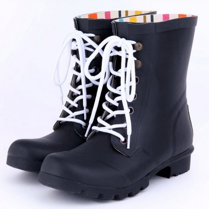 Evercreatures Black Beret Wellies