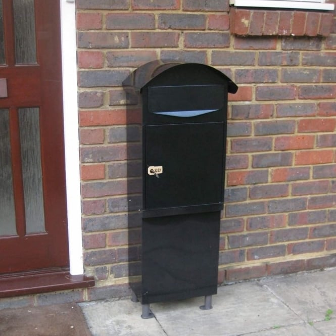 Brundle Free Standing Parcel and Letter Box