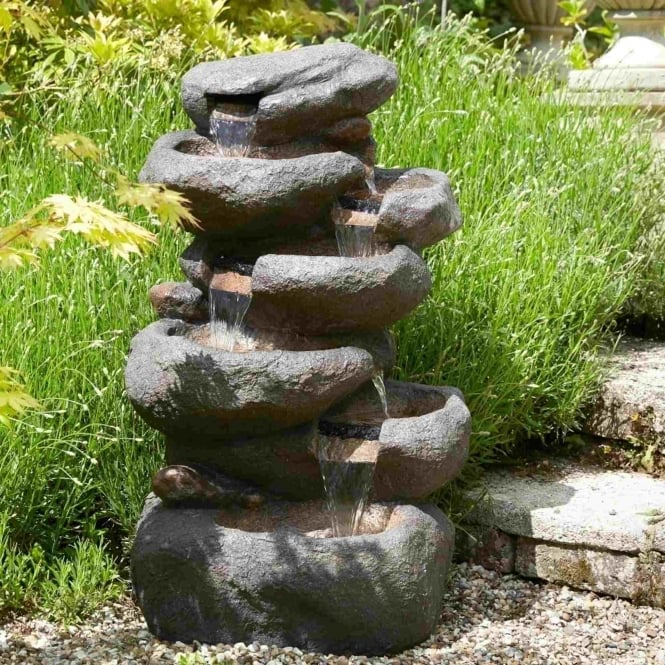 Brundle Pebble Water Feature