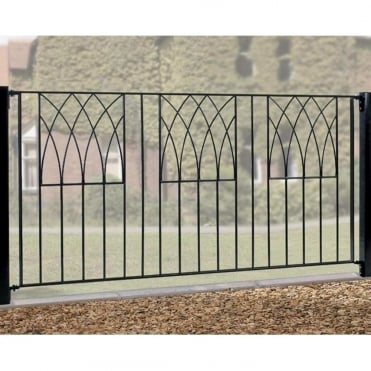 Abbey Fencing - Made to Measure