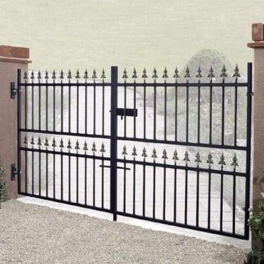 Corfe Premium Spear Top Low Double Driveway Gate