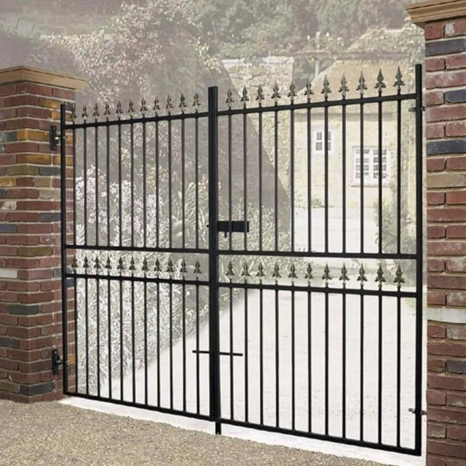 Burbage Corfe Premium Spear Top Tall Flat Top Double Driveway Gate