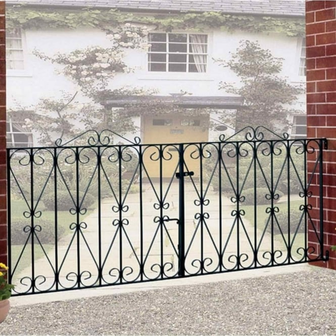 Burbage Regent Scroll Double Driveway Gate