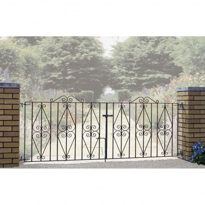 Burbage Stirling Scroll Double Driveway Gate