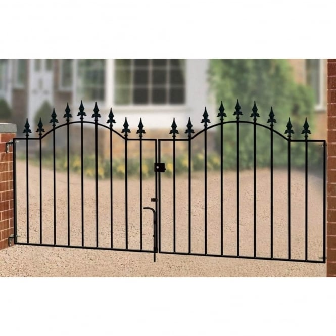 Burbage Warwick Spear Top Double Driveway Gate