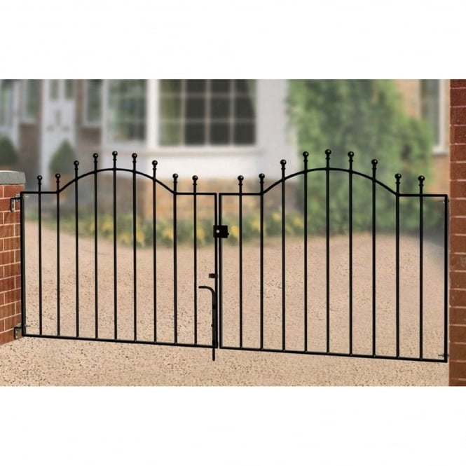 Burbage Weston Ball Top Double Driveway Gate