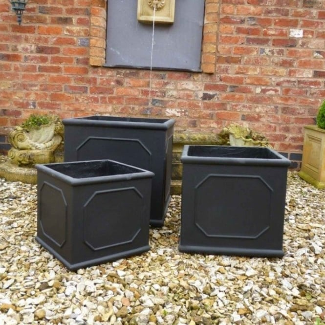 The Garden Feature Company Classic Square Set of 3 Planters