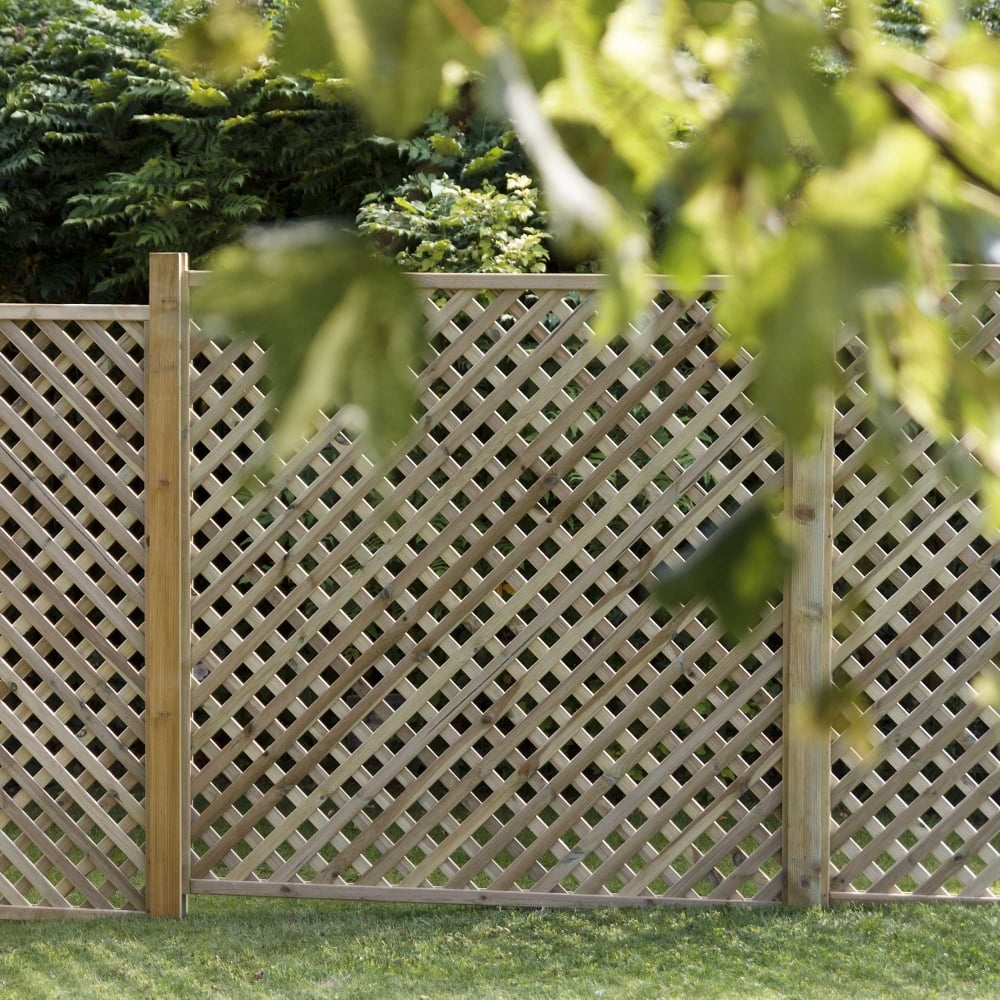 Grange elite square lattice trellis garden street for Outdoor lattice