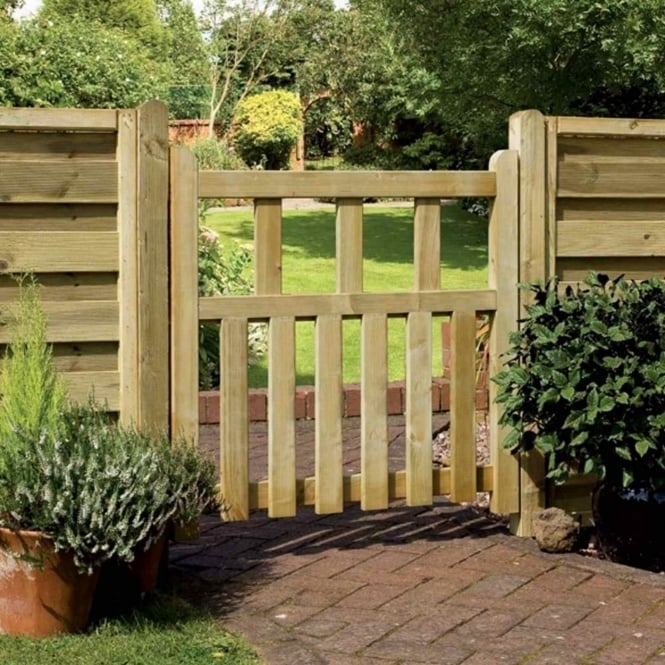 Grange Pale Infill Path Gate 0.9m