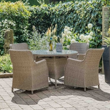 Saigon 4 Seater Set With Horizon Parasol