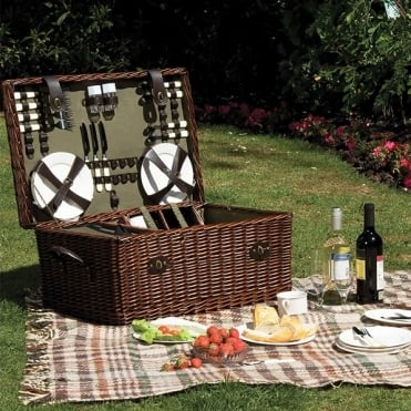 Rectangular Willow Picnic Hamper 6 Person