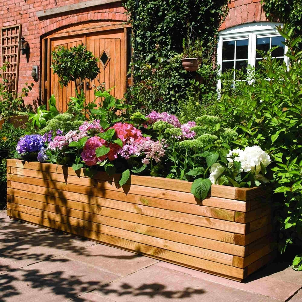 Patio Backyard Cedar Garden Planter: Rowlinson Patio Planter