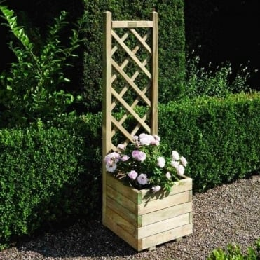 Square Planter & Lattice