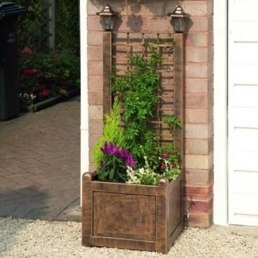 Trellis Planter With Solar Lanterns